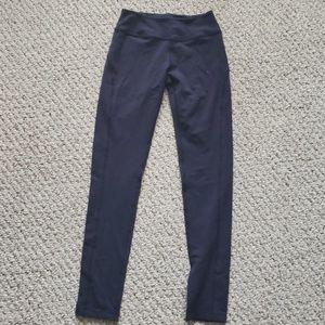 Beyond yoga pants, size medium